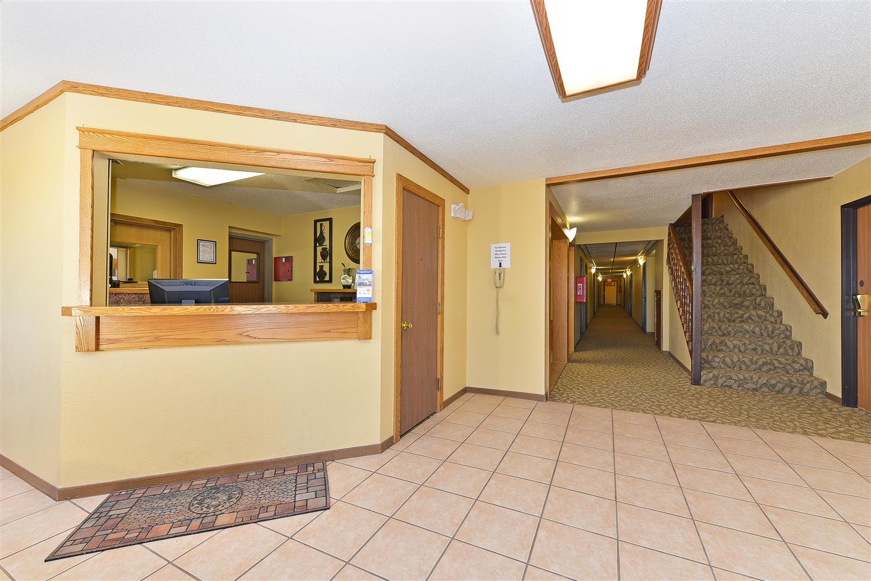 Lobby - Americas Best Value Inn Kadoka