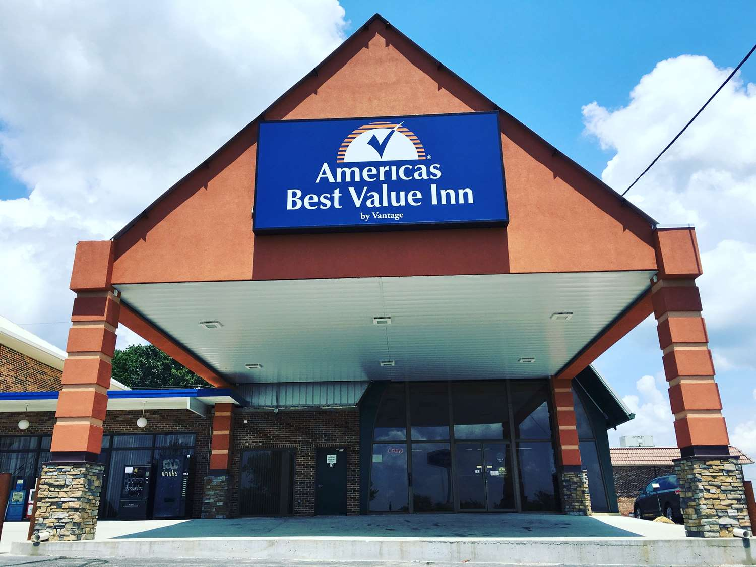 Exterior view - Americas Best Value Inn Cookeville