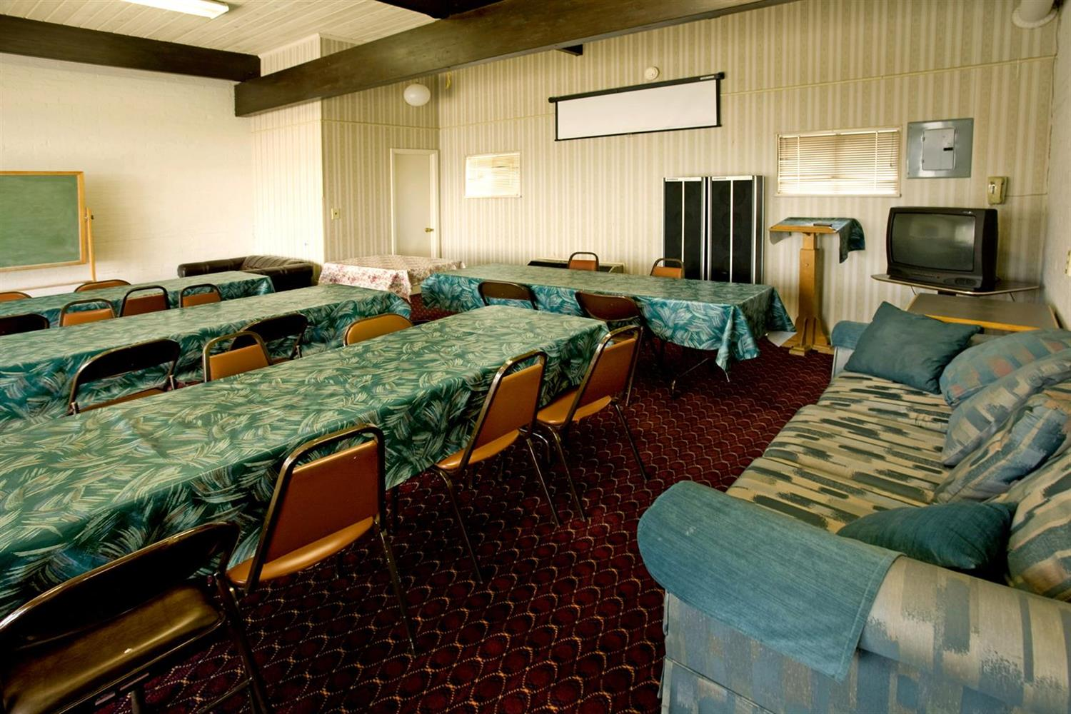 Meeting Facilities - Americas Best Value Inn Cookeville