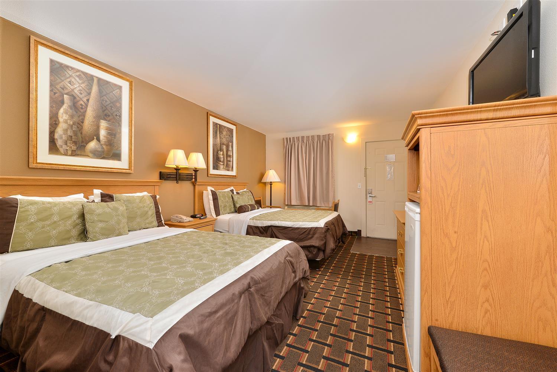 Room - Americas Best Value Inn Central Nashville