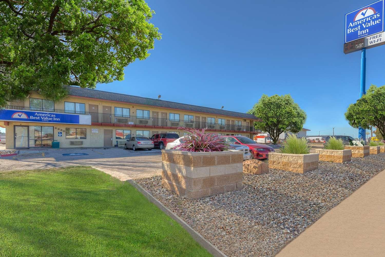 Exterior View Americas Best Value Inn Amarillo