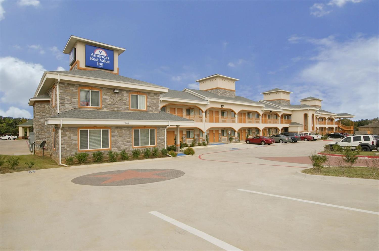Exterior view - Americas Best Value Inn Bedford
