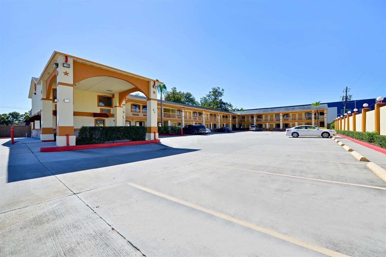 Americas Best Value Inn I-45 Houston  Tx