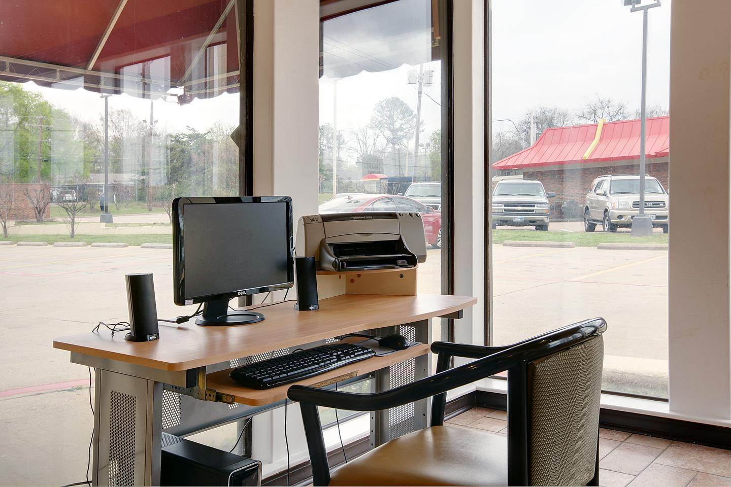 Conference Area - Americas Best Value Inn South Longview
