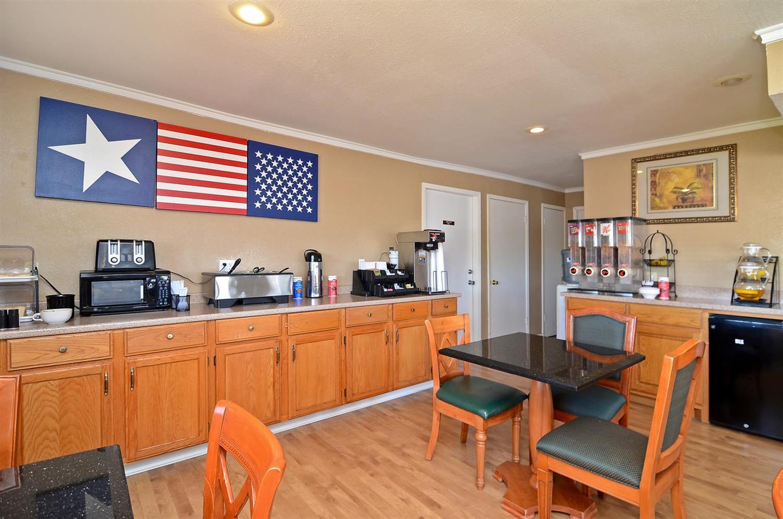 Restaurant - Americas Best Value Inn Stephenville