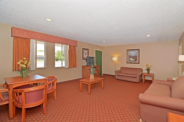 Suite - Americas Best Value Inn Stephenville