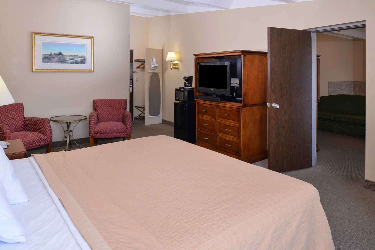 Suite - Americas Best Value Inn Eau Claire