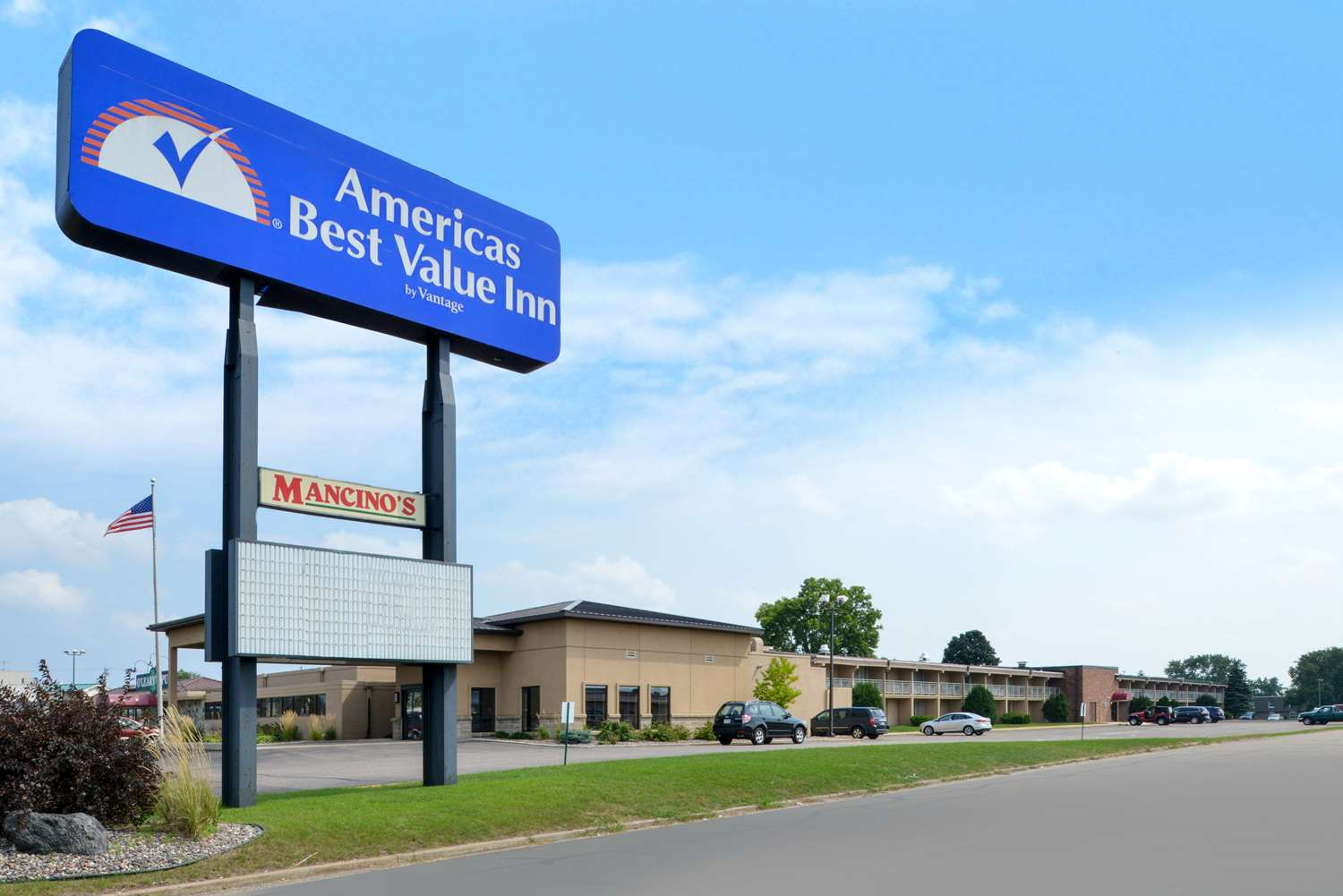 Exterior view - Americas Best Value Inn Eau Claire