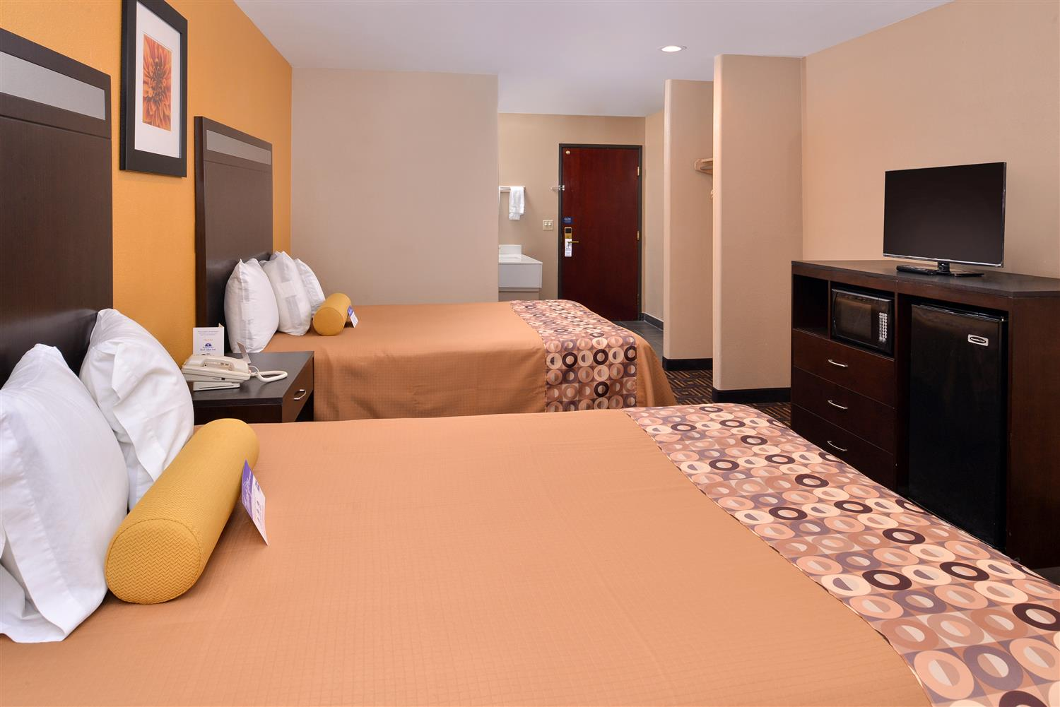 Americas Best Value Inn Amp Suites Madera Ca See Discounts