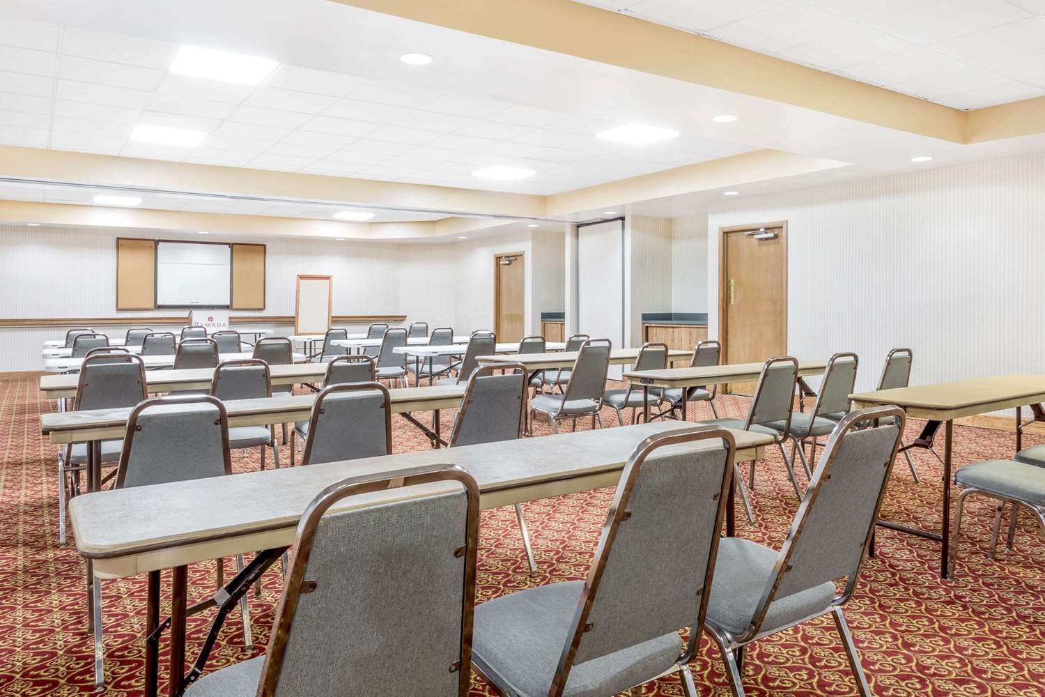 Meeting Facilities - Ramada Hotel Macon