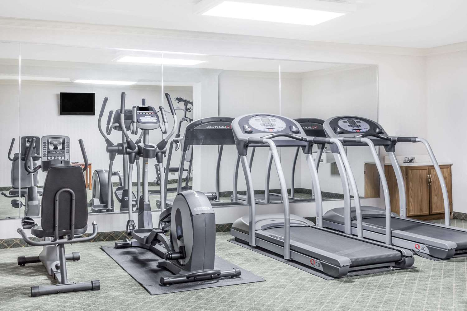 Fitness/ Exercise Room - Ramada Hotel Macon