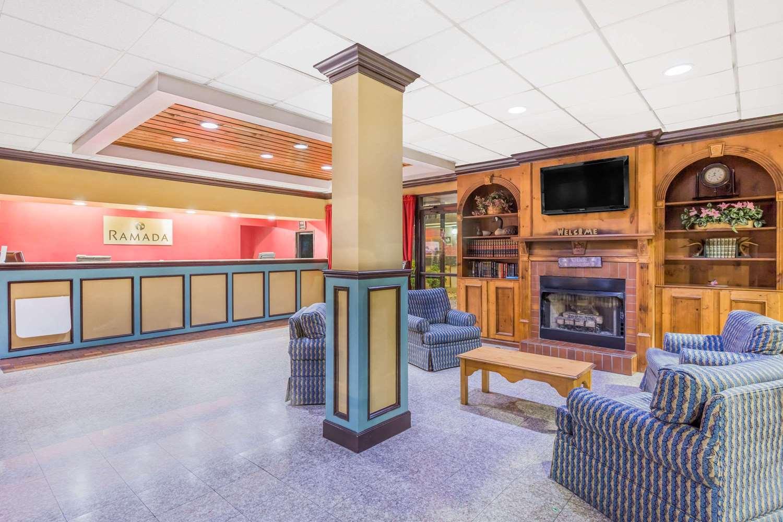 Lobby - Ramada Hotel Macon