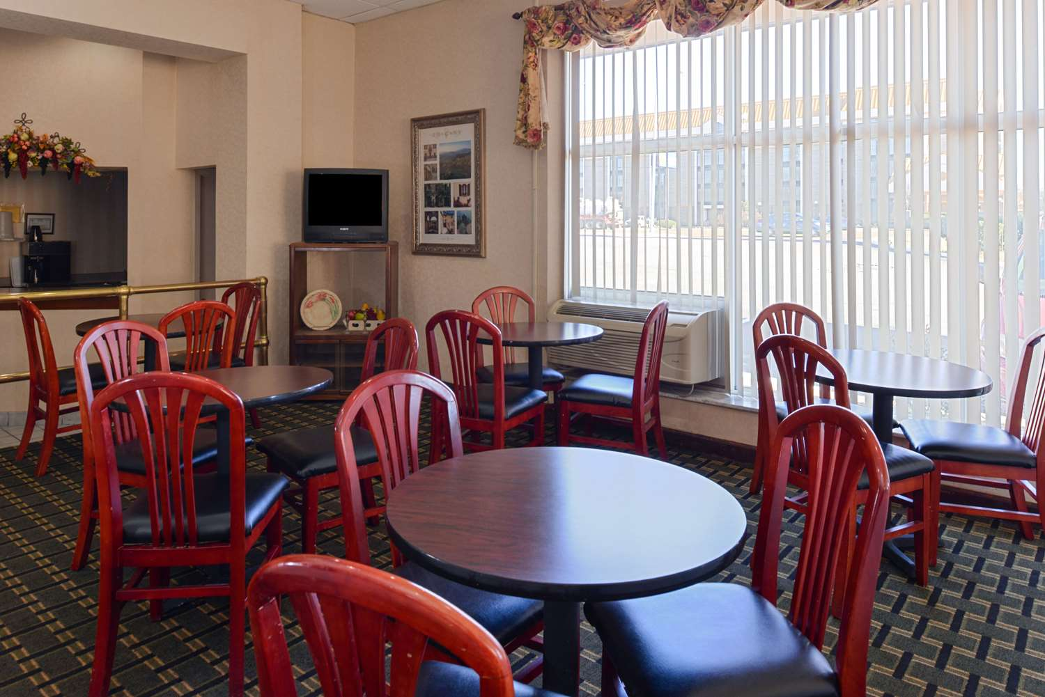 proam - Americas Best Value Inn & Suites East Memphis