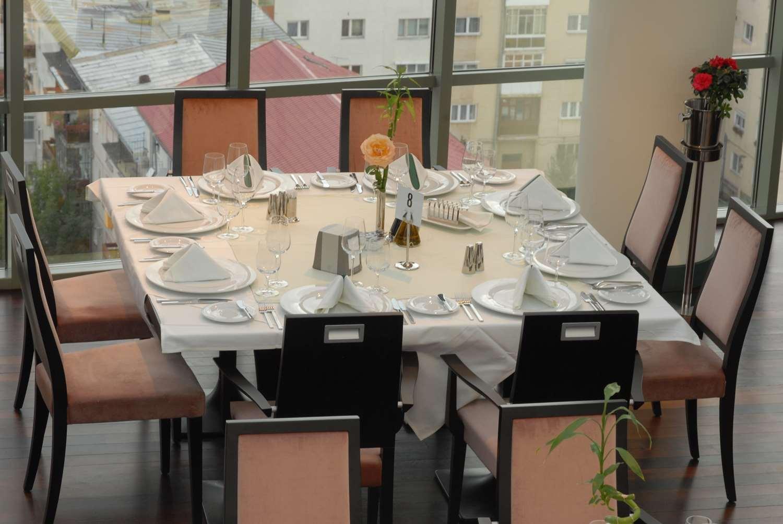Restaurant - Hotel Golden Tulip Ana Tower Sibiu