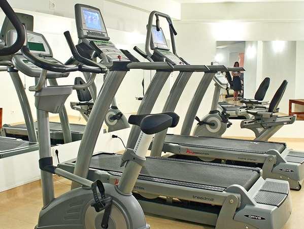 Golden Gym Fitness Center