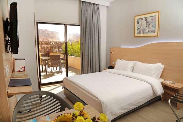 Hotel HOTEL GOLDEN TULIP AQABA RED SEA - Deluxe Double Room