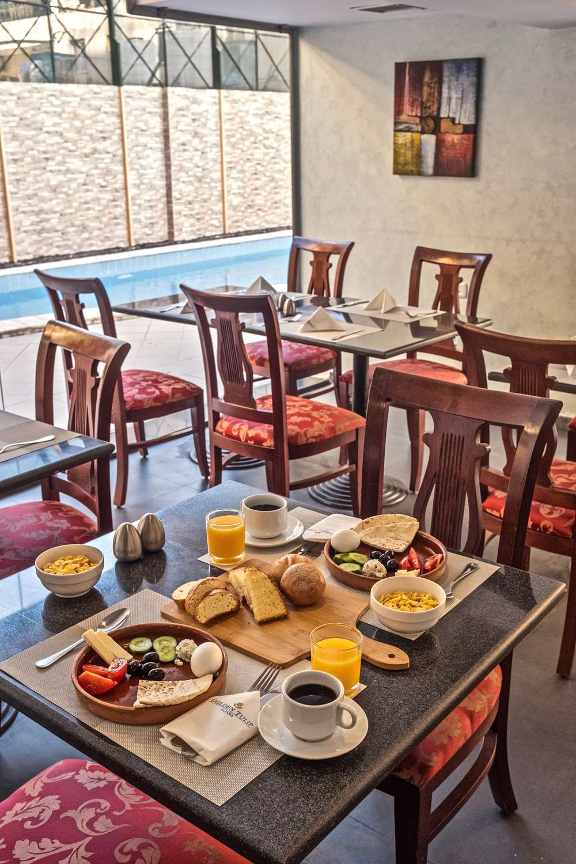 Restaurant - Hotel Golden Tulip Aqaba Red Sea