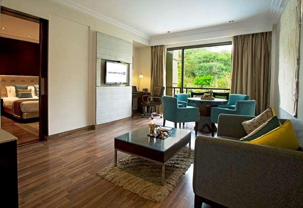 Hotel GOLDEN TULIP CHANDIGARH PANCHKULA - Suite