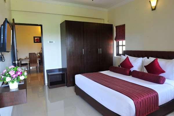 4 star hotel GOLDEN TULIP GOA CANDOLIM