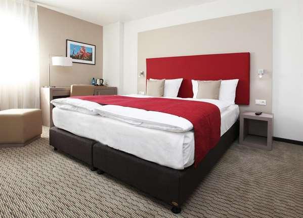 فندق GOLDEN TULIP KASSEL HOTEL REISS