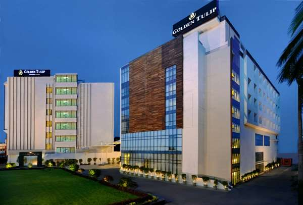 View of the hotel Lucknow GOLDEN TULIP LUCKNOW. The hotel includes the following equipment: Air condition available, Secure parking, Public area free wifi.