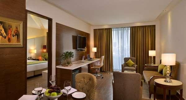 Hotel GOLDEN TULIP LUCKNOW - Suite