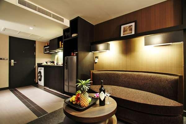 โรงแรม GOLDEN TULIP MANDISON SUITES - Residence Suite