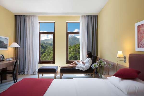 Отель HOTEL GOLDEN TULIP ROSA KHUTOR - Стандартный номер
