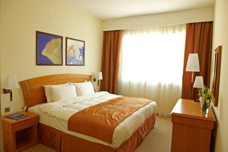 Hotel GOLDEN TULIP SHARJAH - Executive Suite 2 Bedrooms
