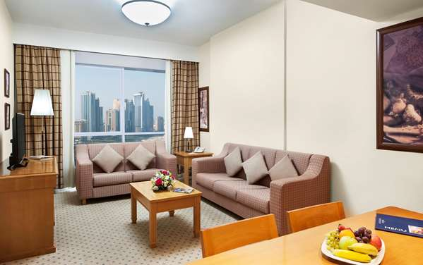 Hotel GOLDEN TULIP SHARJAH - Executive Suite 3 bedrooms