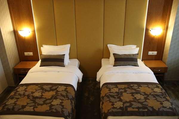 4 star hotel GOLDEN TULIP VARNA