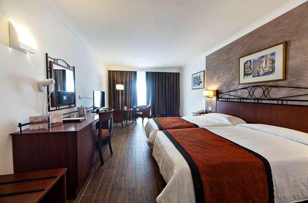 Hotel GOLDEN TULIP VIVALDI HOTEL - Superior Room
