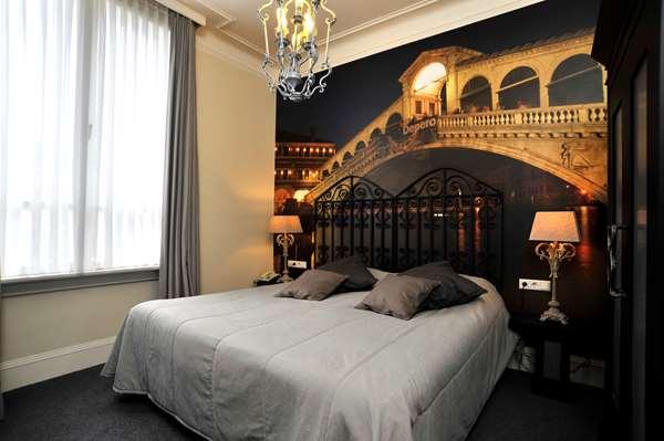 Hotel GOLDEN TULIP WEST ENDE - Theme Room