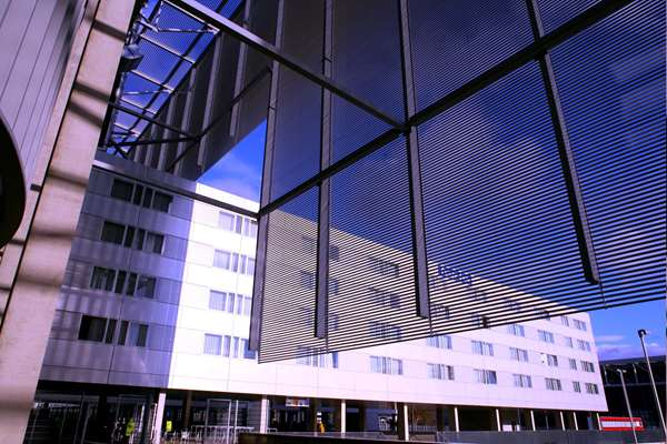 View of the hotel Duesseldorf TULIP INN DUESSELDORF ARENA. The hotel includes the following equipment: Parking available for a fee, Garage / covered parking available for a fee, Air condition available, Secure parking, Free wifi, Public area free wifi.