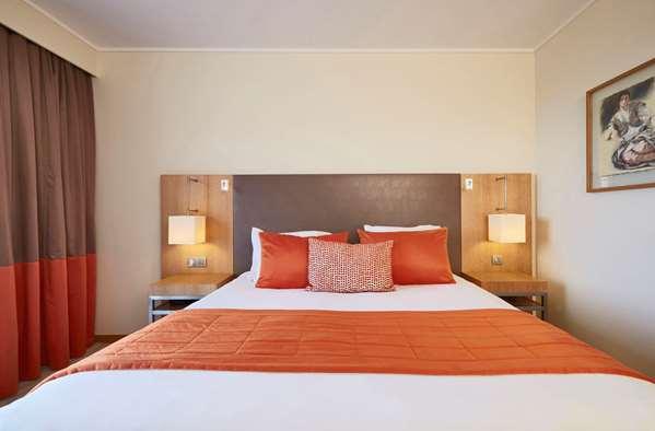 Hôtel HOTEL GOLDEN TULIP VILLA MASSALIA - Chambre Panoramique Vue Golf et Hippodrome