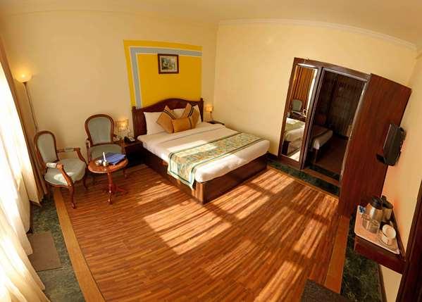 Hotel TULIP INN MUSSOORIE BARLOWGANJ - Standard Room