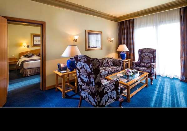 Hotel CONCORDE EL SALAM HOTEL CAIRO BY ROYAL TULIP - Corner Suite