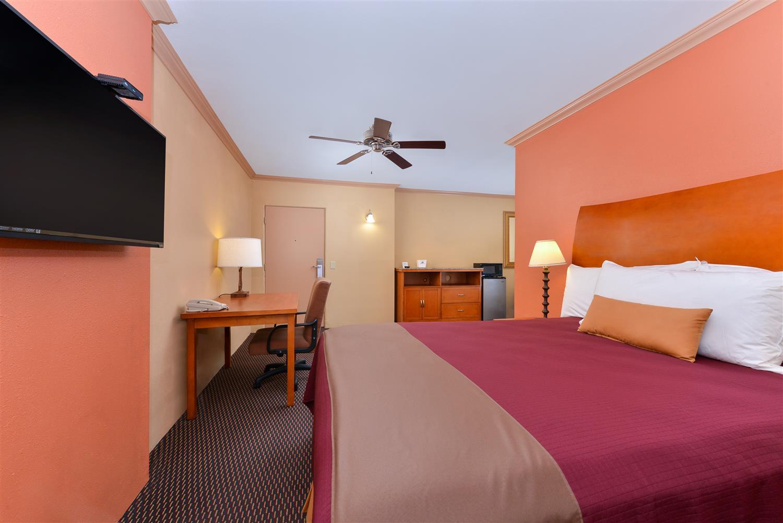 Suite - Americas Best Value Inn Porterville