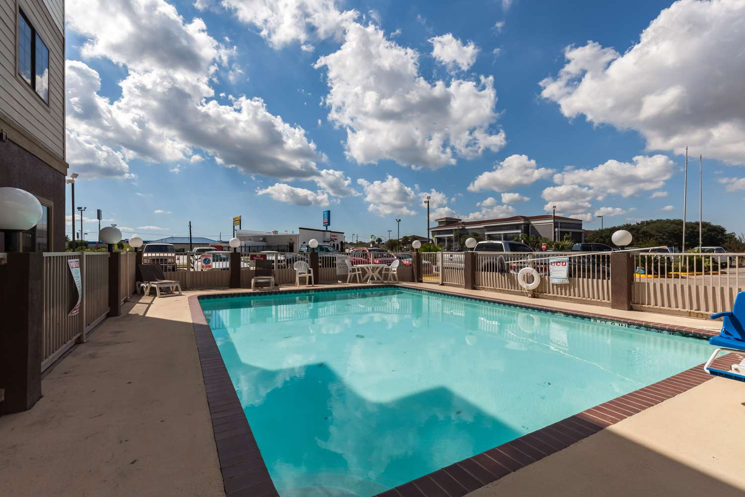 Hotels Near Ford Field Beaumont Tx