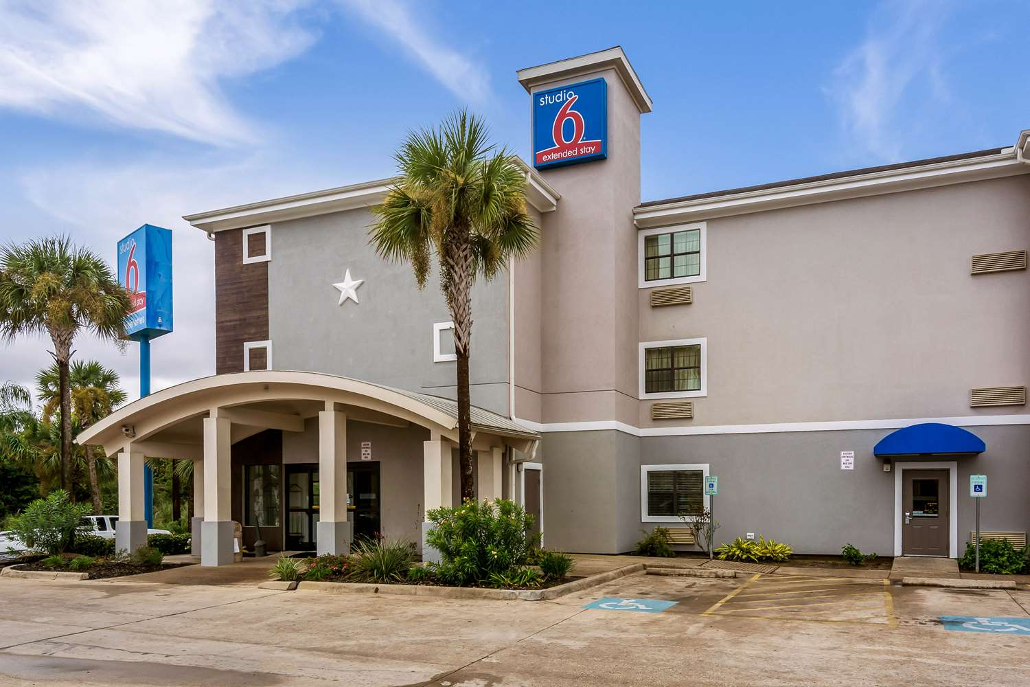 Exterior view - Studio 6 Extended Stay Hotel Beaumont