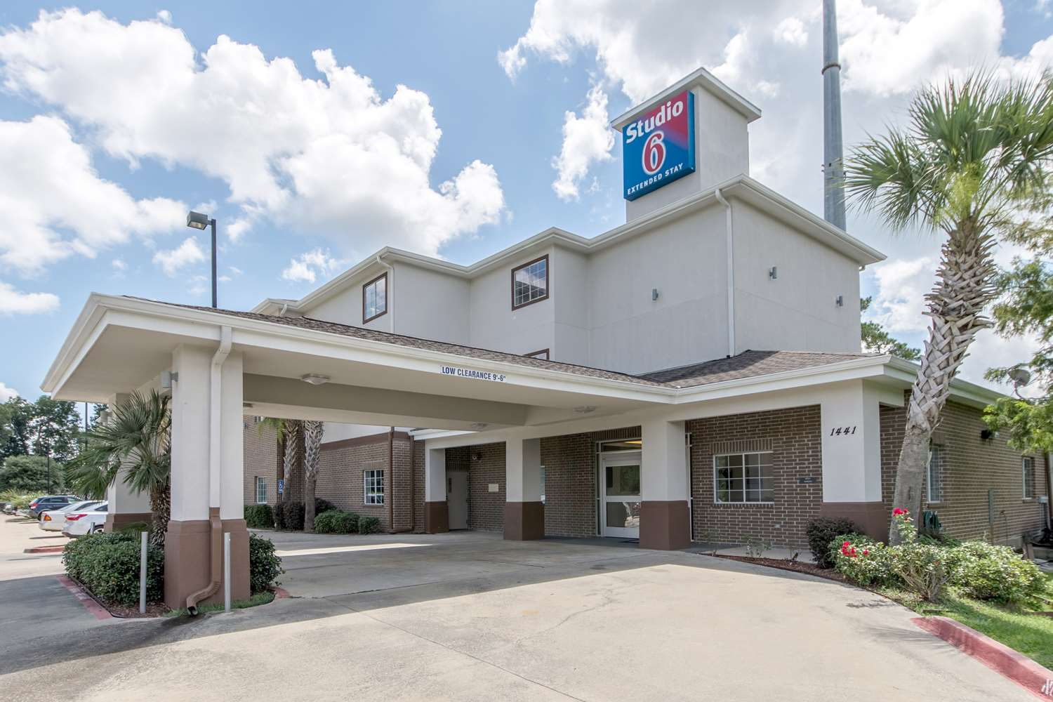 Exterior view - Studio 6 Extended Stay Hotel Lafayette