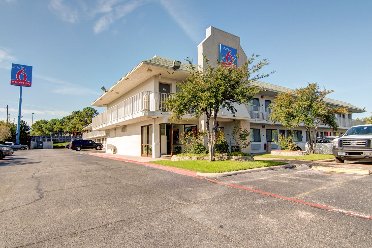 Exterior view - Studio 6 Extended Stay Hotel Dallas Grand Prairie