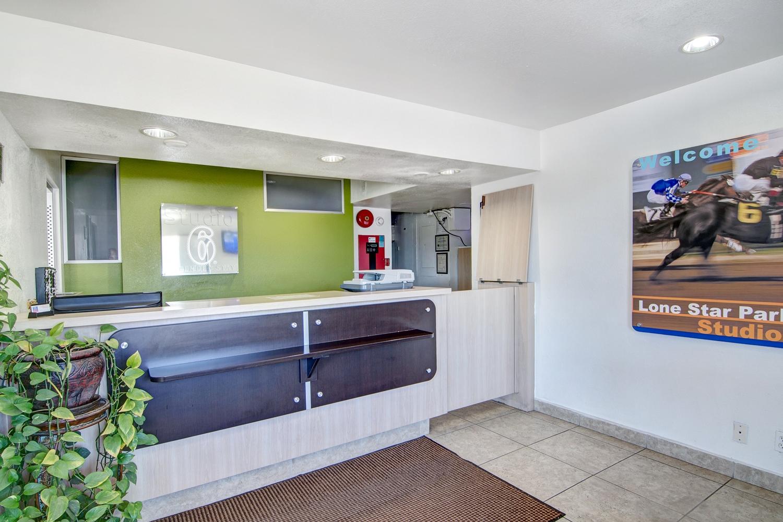 Lobby - Studio 6 Extended Stay Hotel Dallas Grand Prairie