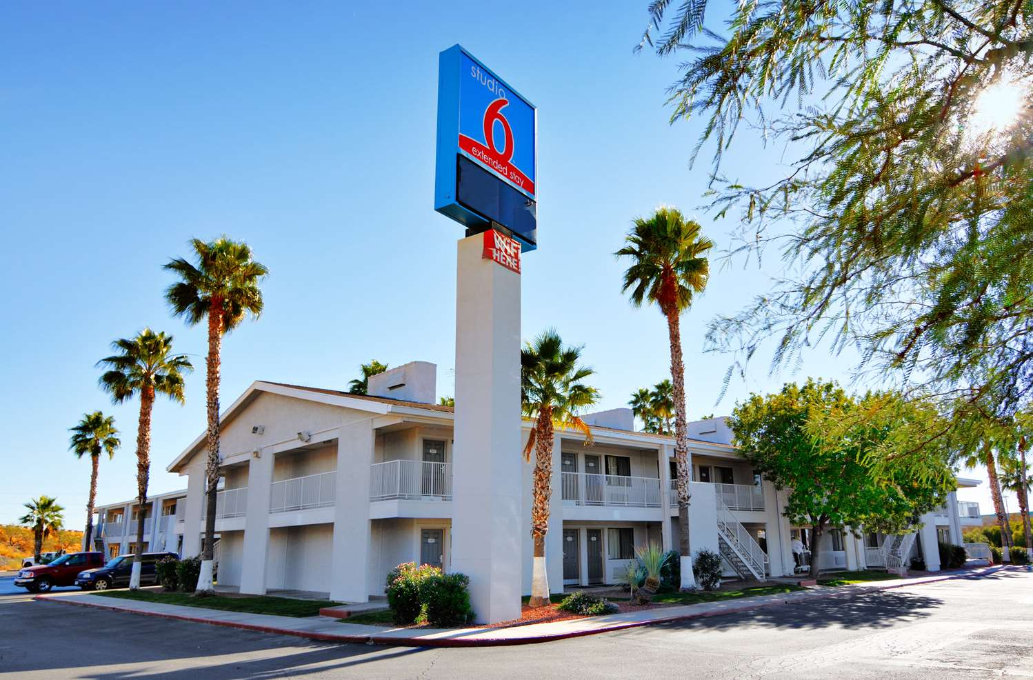 Exterior view - Studio 6 Extended Stay Hotel Irvington Road Tucson