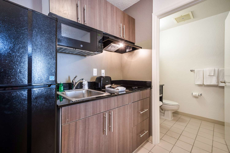 Amenities - Studio 6 Extended Stay Hotel Gwinnett Place Duluth