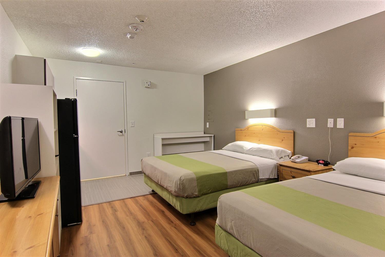 Room - Studio 6 Extended Stay Hotel Midtown Austin