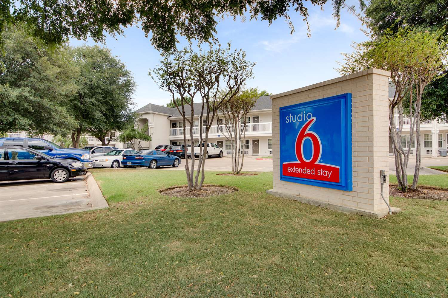 Exterior view - Studio 6 Extended Stay Hotel North Richland Hills