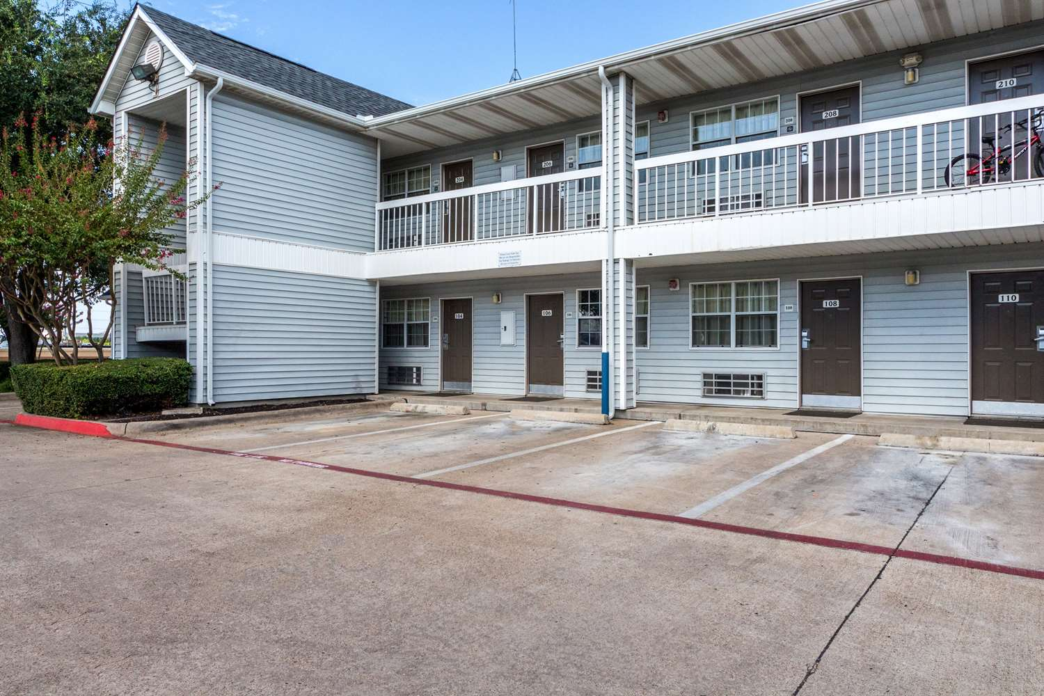 Exterior view - Studio 6 Extended Stay Hotel Northwest Dallas