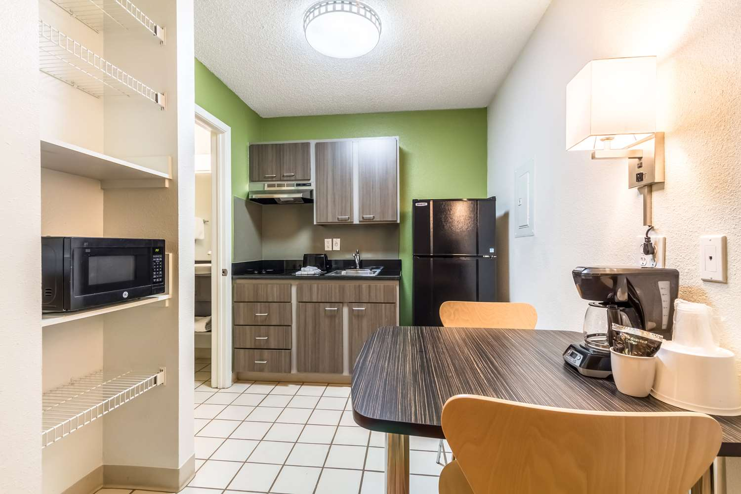 Amenities - Studio 6 Extended Stay Hotel Northwest Dallas