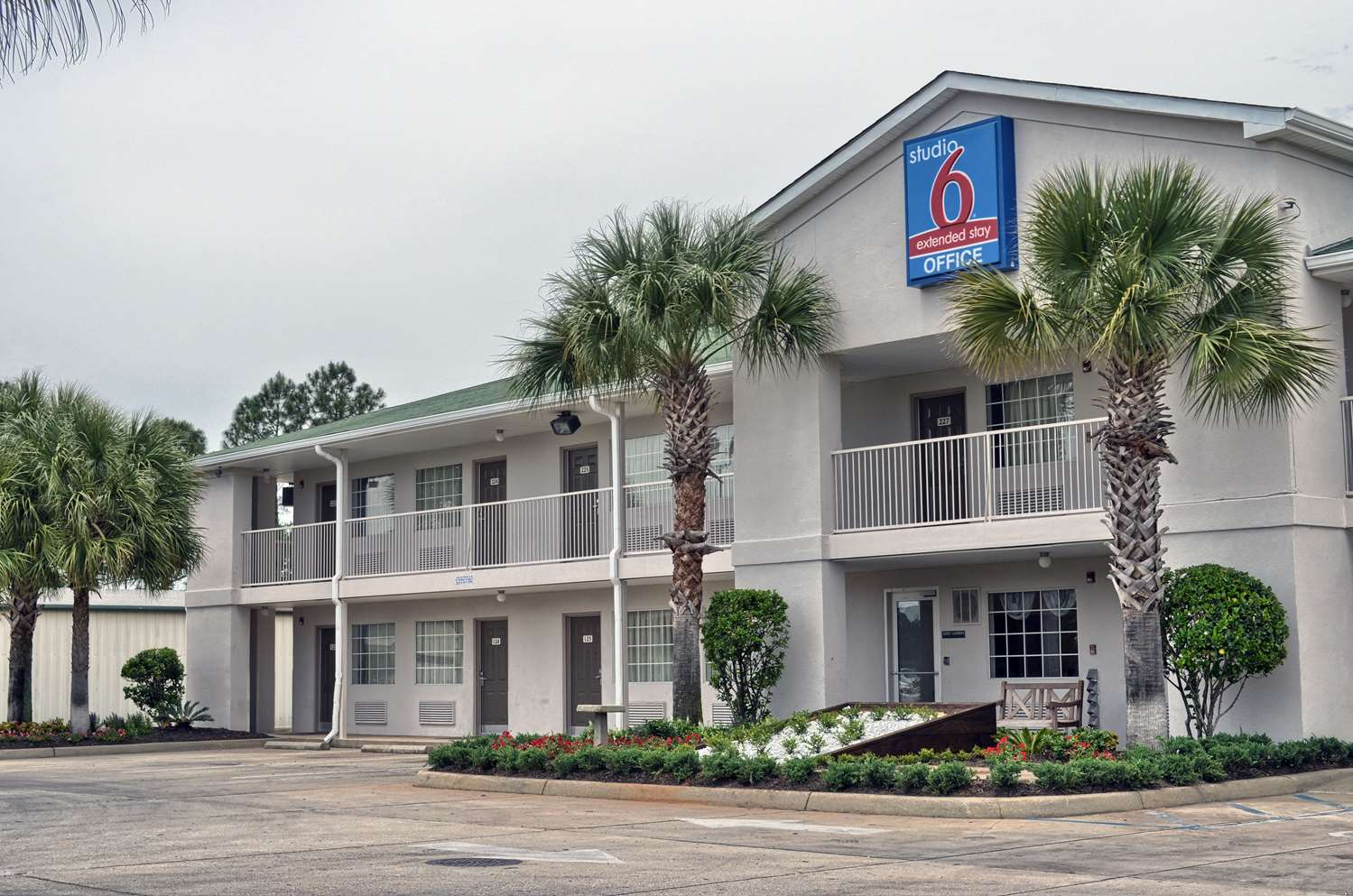 Exterior View Studio 6 Extended Stay Hotel Pascagoula